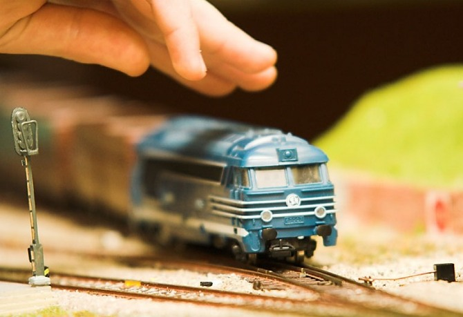 23_train_61640